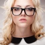 耳の高さ違いは歪みのバロメーター!メガネやサングラスが傾く方は必見!