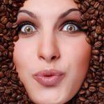 トレーニー必須のカフェインが脂肪燃焼に目のクマ対策に有効!